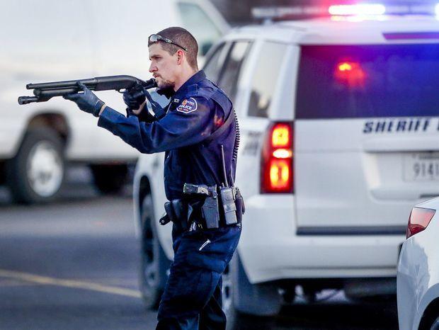 Kansas, USA, polícia, streľba