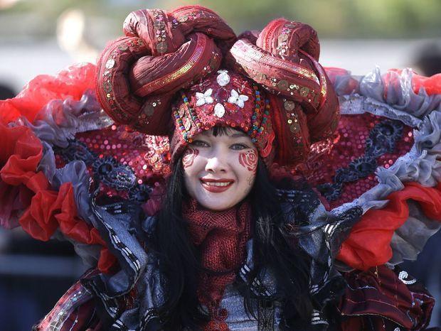 Nice, festival, karneval, masky, figuríny, figúry,