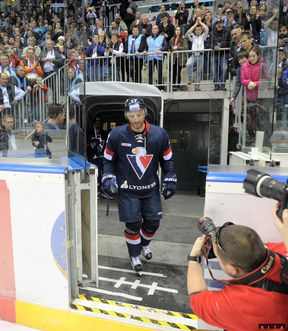 Ľubomír Višňovský sa poslednýkrát vracia na ľadovú plochu.