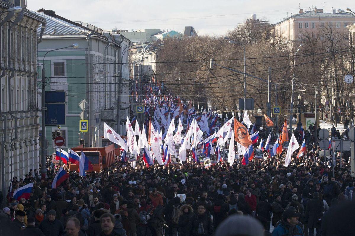 Demonštrácia v Moskve rok po vražde opozičného politika Borisa Nemcova.