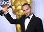 Emmanuel Lubezki s cenou za najlepšiu kameru za film Revenant Zmŕtvychvstanie.