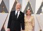 Herec J. K. Simmons a jeho partnerka Michelle Schumacher.