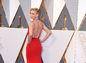 Herečka Charlize Theron prichádza na vyhlásenie Oscarov.