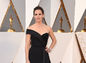 Herečka Jennifer Garner prišla v róbe z dielne Versace.