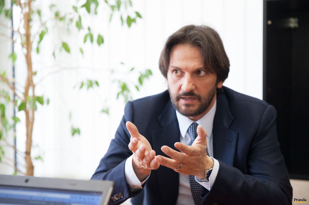 Minister vnútra a podpredseda Smeru Robert Kaliňák počas online rozhovoru s čitateľmi Pravda.sk.