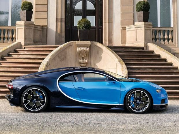 Tvar karosérie sa točí okolo aerodynamiky, ktorá musí byť funkčná až do rýchlosti 420 km/h.