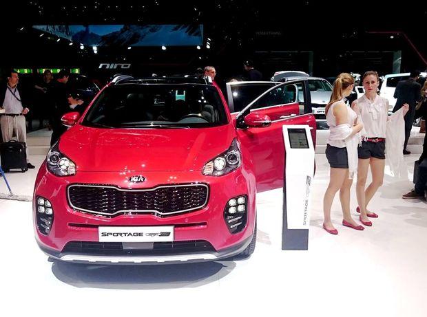 Z áut vyrábaných na Slovensku je v Ženeve aj nová Kia Sportage zo Žiliny.