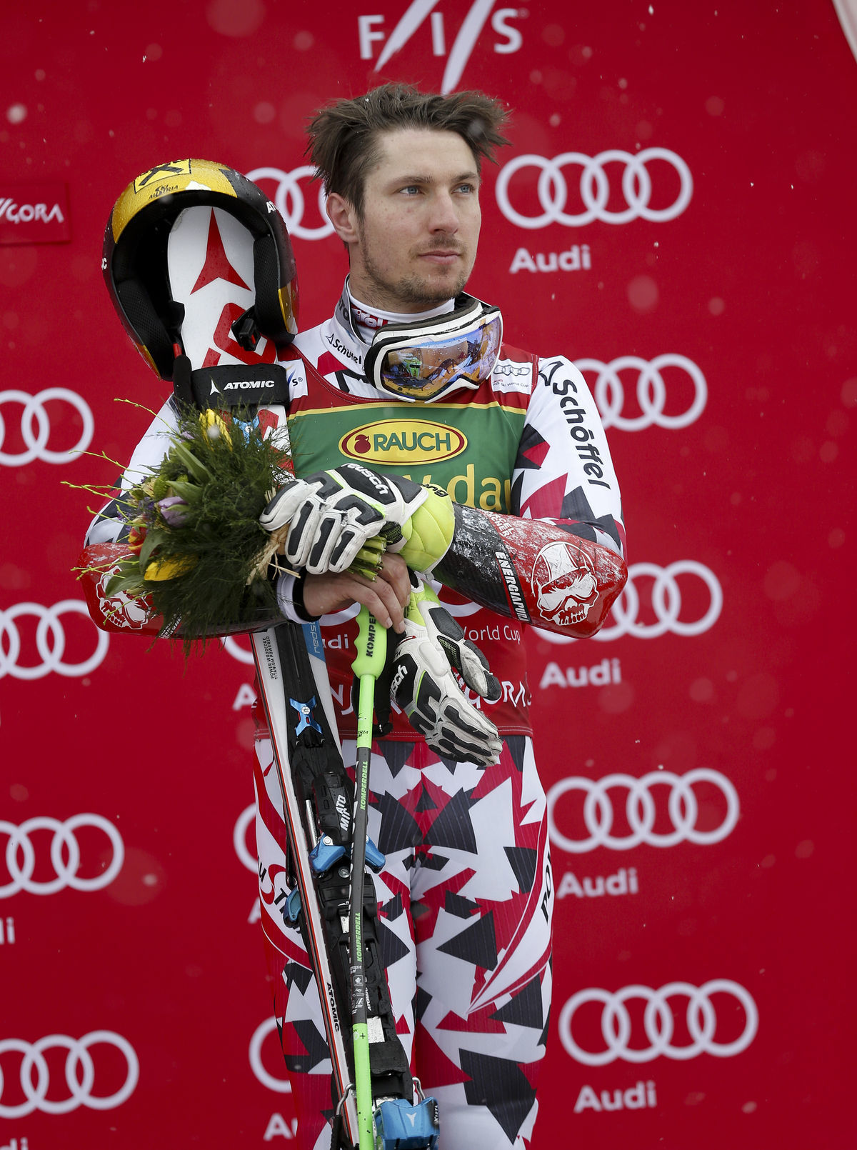 Rakúšan Marcel Hirscher po víťazstve v obrovskom slalome v Kranjskej Gore.