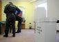 Medzi prvými voličmi v Starej Turej boli príslušníci miestnej polície.