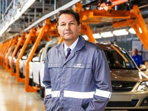 Bo Andersson bol prvým zahraničným šéfom ruského AvtoVaz-u. Postaral sa o revitalizáciu podniku, nemohol však ovplyvniť prepad ruského automobilového trhu.