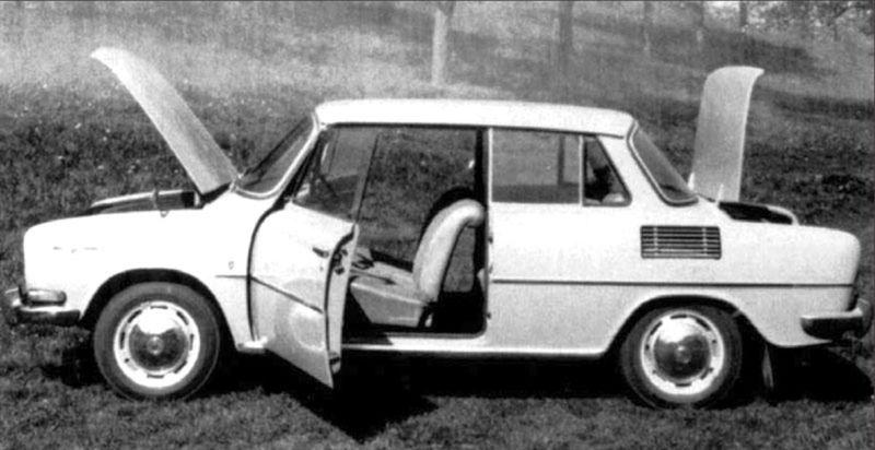 """Škoda uvažovala o novom """"tudore"""" aj na báze modernizovanej Škody  100/110. Vznikli dokonca dva prototypy. Prednosť však nakoniec dostalo dnes už slávne kupé 110 R."""