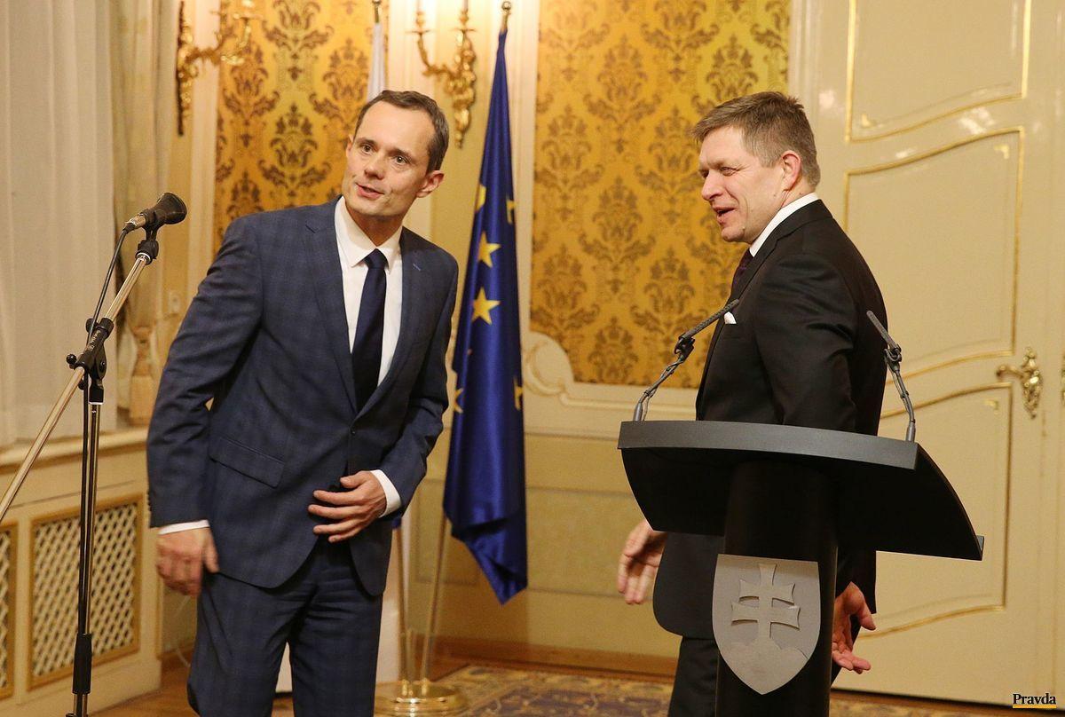 Predseda Siete Radoslav Procházka s predsedom Smeru Robertom Ficom.