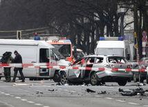 berlín, nemecko, explózia, výbuch, auto,