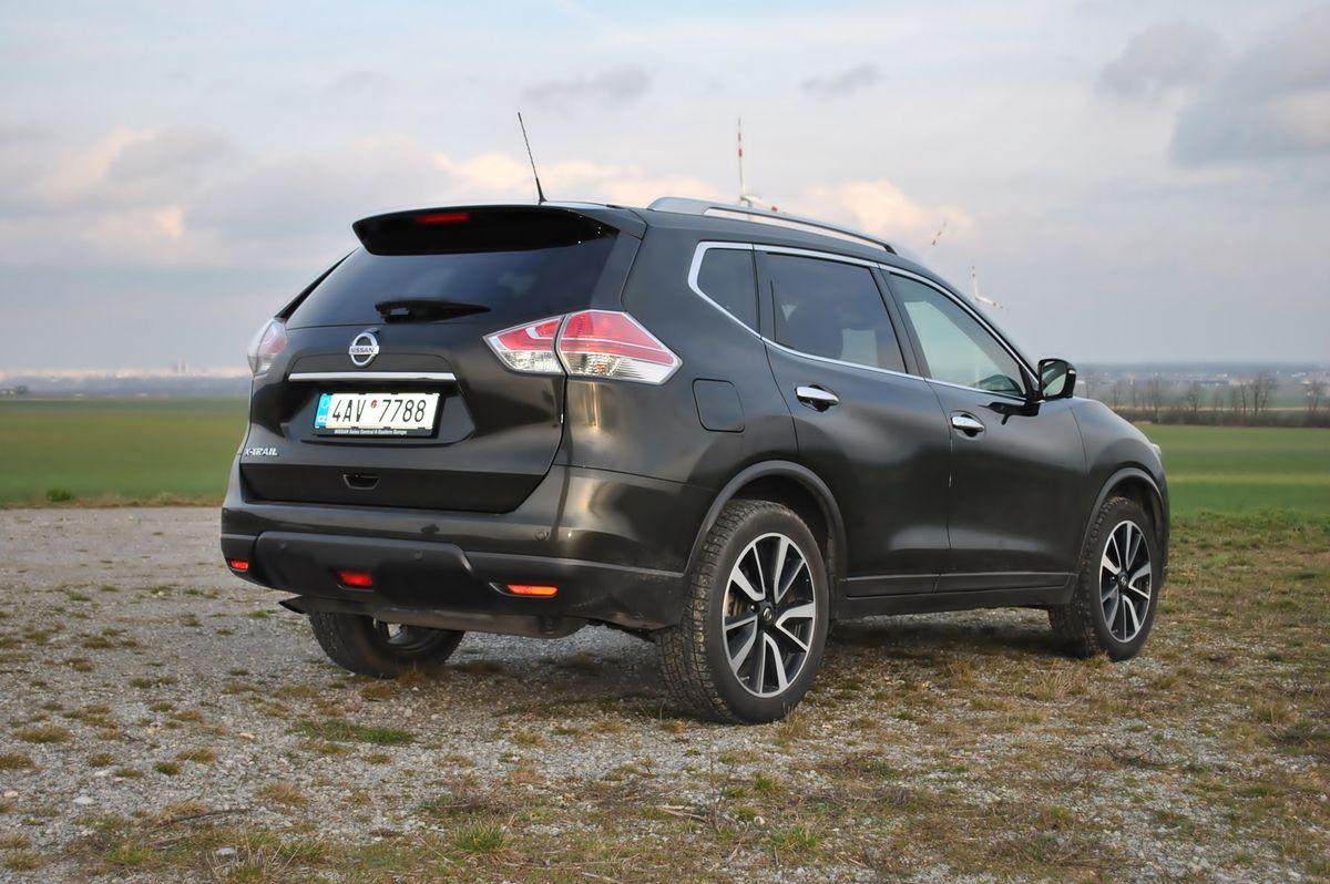 Nissan X-Trail DIG-T 160 sa viac hodí do mesta ako do terénu. S nástrahami nespevených vozoviek si lepšie poradí naftová verzia s pripojiteľnou zadnou nápravou.