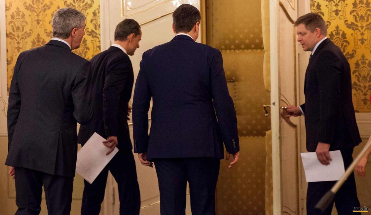 Robert Fico otvára dvere svojim partnerom v rozhovoroch o vytvorení budúcej vlády, aby pokračovali v ďalšom rokovaní o konkrétnej podobe koalície.