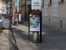 trojnozka, reklama