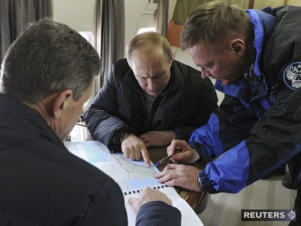 Vladimir Putin, Dmitrij Kozak, Roman Starovoit, Kerčský prieliv