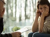 depresia, smutná žena, choroba, smútok, slzby, plač, psychiater, psychológ