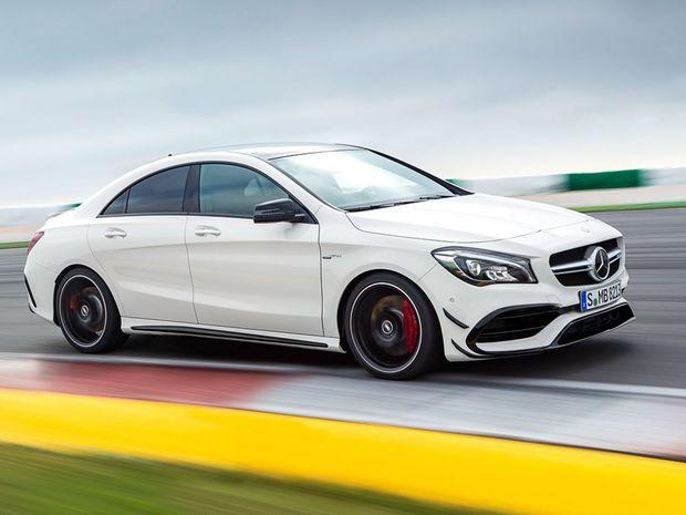 Mercedes-Benz CLA - 2015