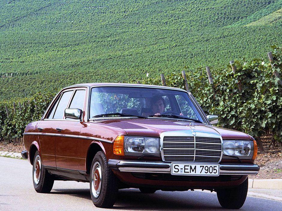 Inovácia v roku 1982 priniesla Pianu obdĺžnikové svetlá, ale napríklad aj airbagy a sériový posilňovač riadenia.