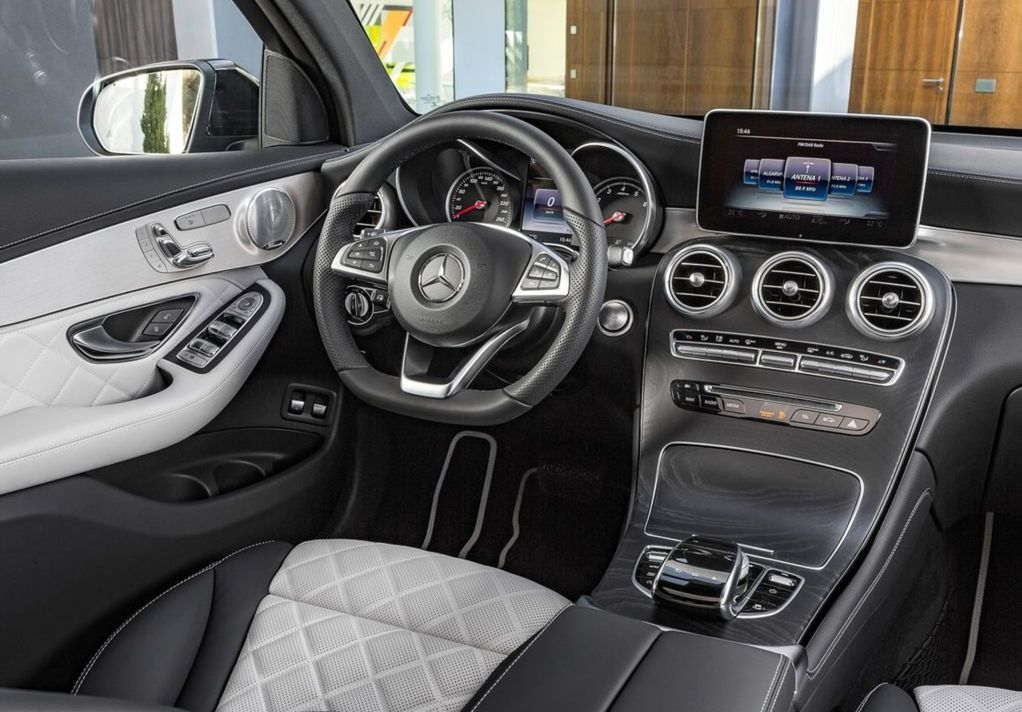 Interiér Mercedesu-Benz GLC Coupé bude samozrejme synonymom luxusu.