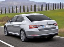 Škoda Superb - 2016