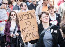 protest ucitelov, parlament