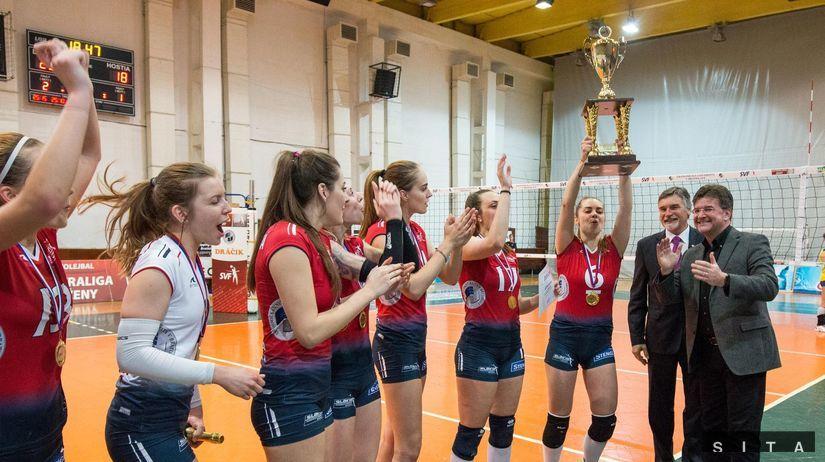 Slávia obhájila majstrovský titul b9b3ac3495