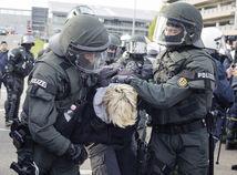 Nemecko, polícia, demonštrácia
