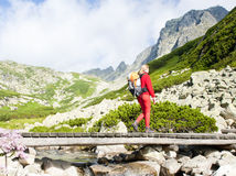turistika, turista, túra, turistka, hory, ruksak, kopce, outdoor, chodník, most, tatry,