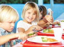 deti, jedlo, škola, jedáleň, obed