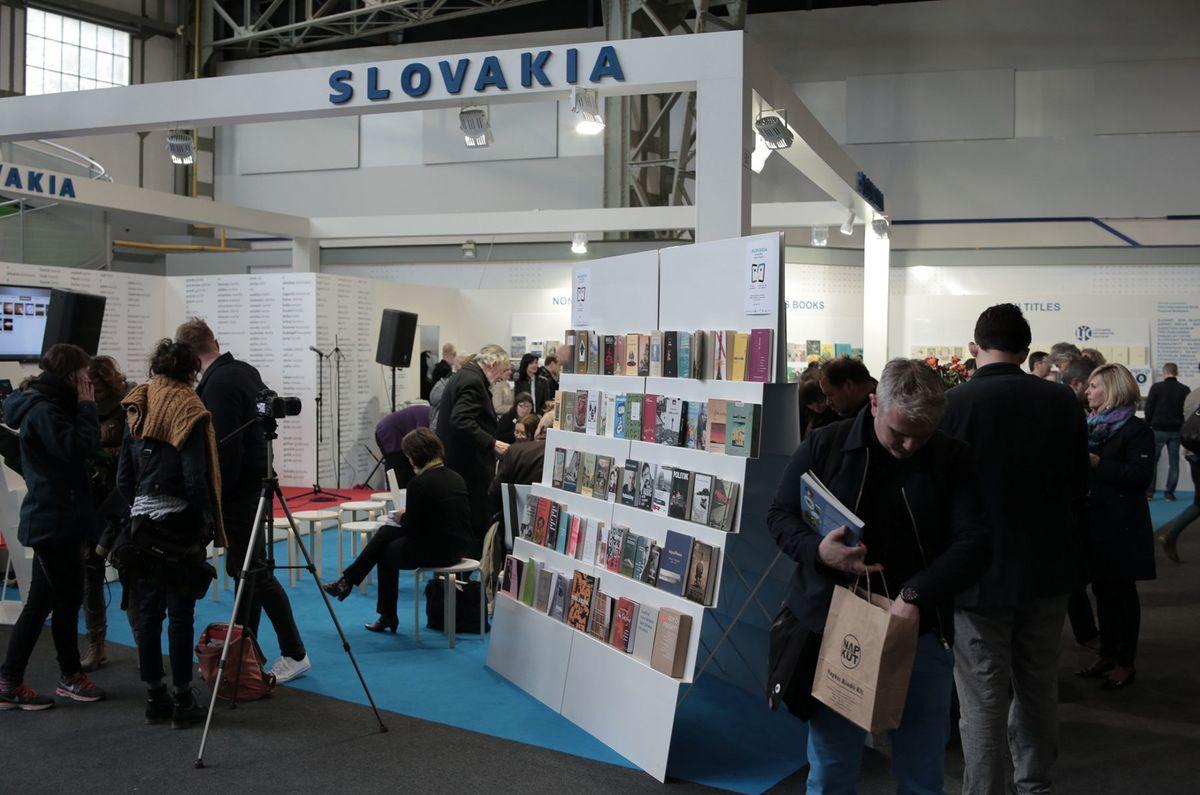 Slovenský sprievodný program dokázal pripútať maďarské publikum každý festivalový deň.