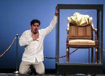 Daniel Čapkovič (Simon Boccanegra) v inscenácii Verdiho opery Simon Boccanegra.