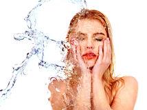 S hydratáciou pokožky by sme mali začať už v mladom veku.