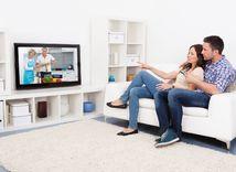 tv, televízor, ľudia, obývačka
