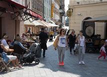 leto, slnečno, počasie, bratislava, staré mesto, panská ulica, teplo,