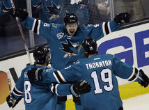 San Jose Sharks, Tomáš Hertl, Joe Pavelski, Joe Thornton
