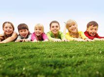 deti, príroda, úsmev