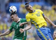 Ciaran Clark, Zlatan Ibrahimovič, Írsko, Švédsko