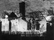 dom, ostrý grún