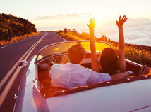 roadtrip, cesta, autom, auto, dvojica, dvaja, dovolenka, kabriolet, cestovanie