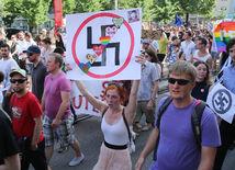 pochod, antifašisti
