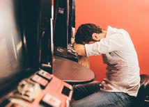 hráč, automat, hazard