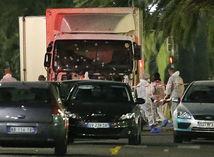 Nice, francúzsko, útočnikove auto,