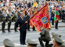 ukrajina, porošenko, vojenská prehliadka,