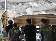 taliansko, amatrice, zemetrasenie, pohreb