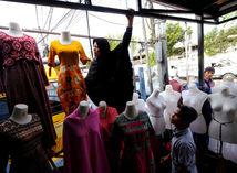 Moslimské dievčatá neoslobodili od plaveckých kurzov, rozhodol o tom nemecký súd