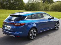 Renault-Megane Estate-2017-1024-0e  1