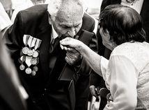 Série 1. miesto: EDUARD GENSEREK – séria Oslavy 72. výročia Slovenského národného povstania, voľný fotograf spp