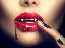 upír, upírka, ústa, rúž, žena, zuby, halloween, uhryznutie, drakula, dracula